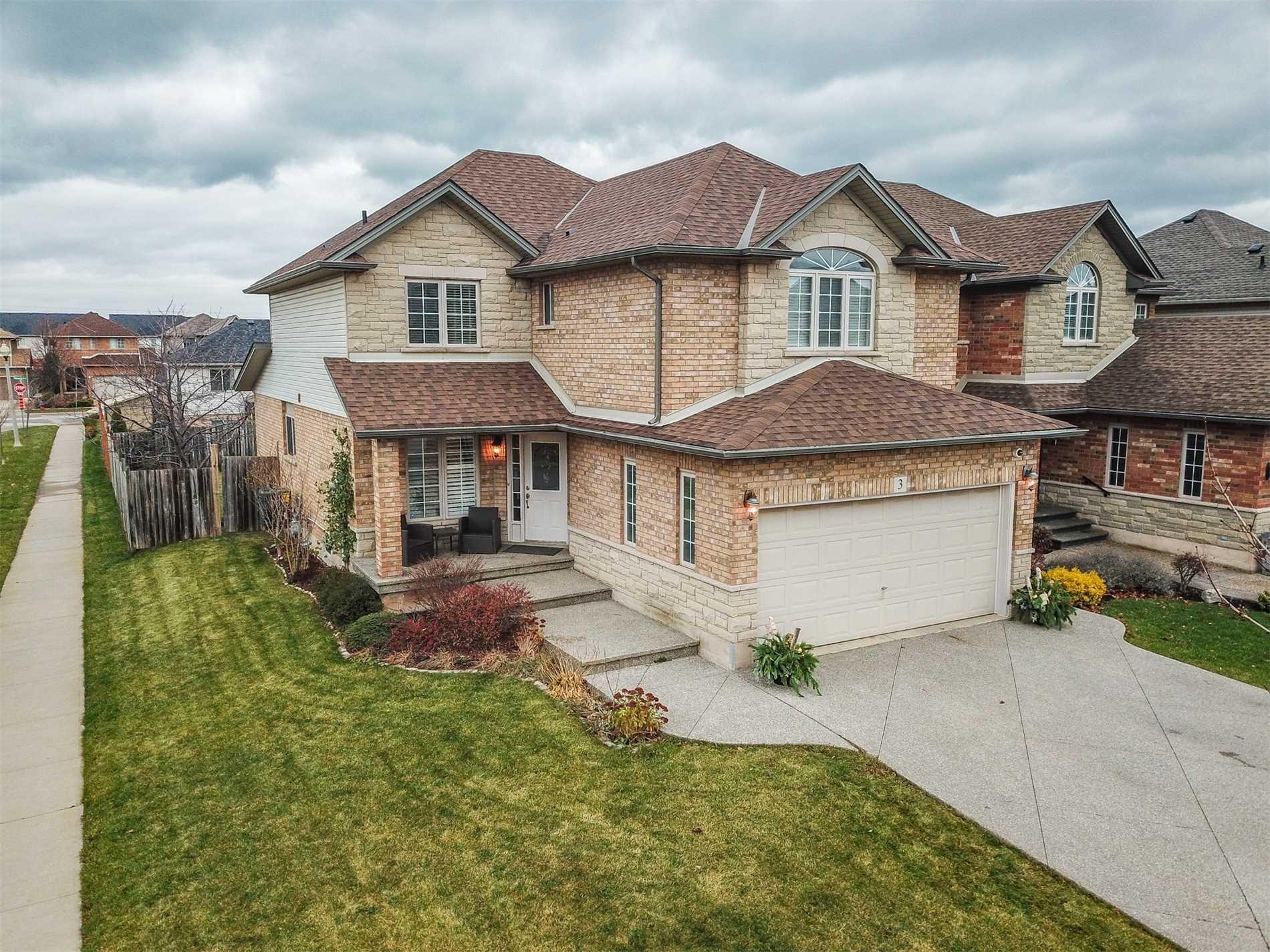 House for sale at 3 Benziger Lane Lane Hamilton Ontario - MLS: X4312802