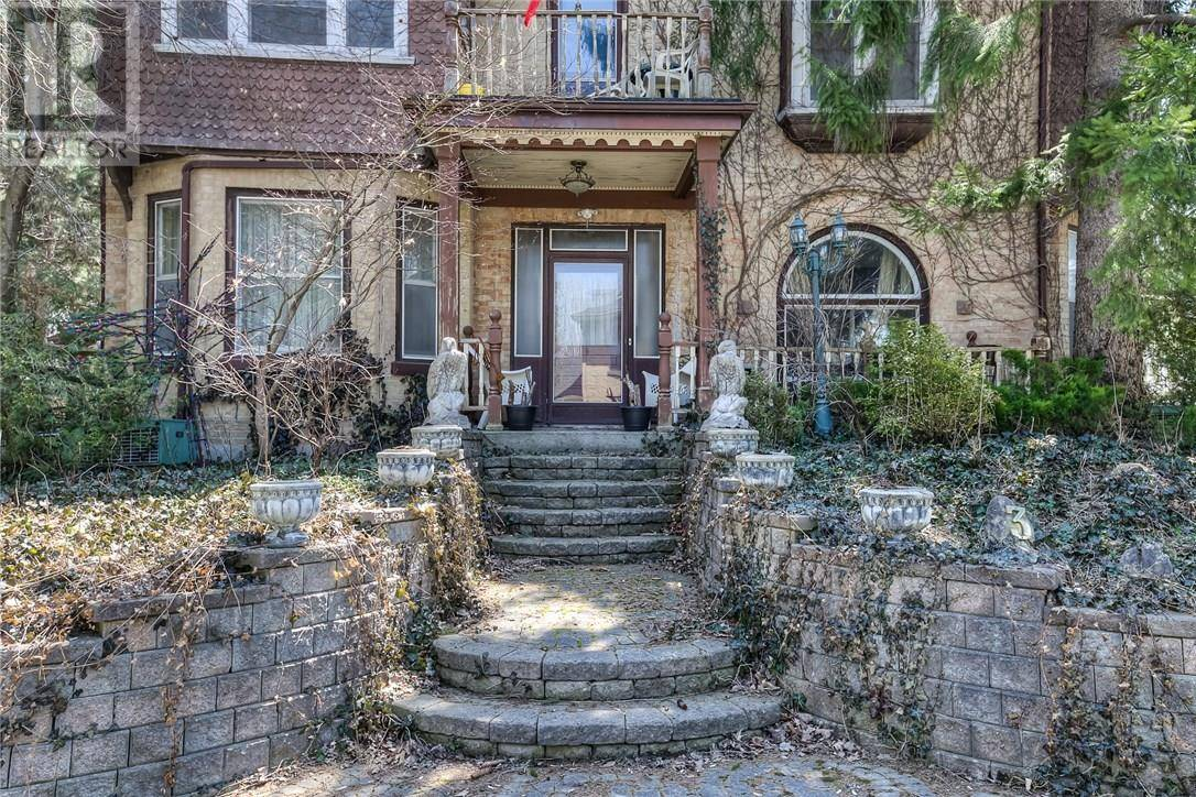 Townhouse for sale at 3 Bleams Rd East New Hamburg Ontario - MLS: 30654750