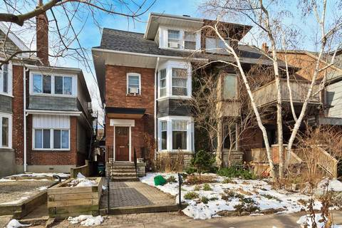 Townhouse for rent at 624 Huron St Unit 3 Bsmnt Toronto Ontario - MLS: C4646960