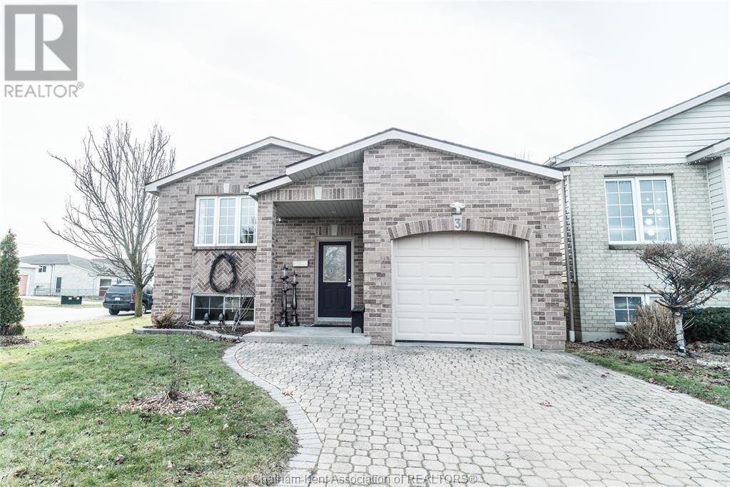 House for sale at 3 Calais Ct Chatham Ontario - MLS: 21000441