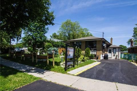 House for sale at 3 Calumet Cres Toronto Ontario - MLS: E4497007