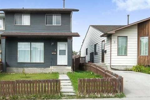Townhouse for sale at 3 Castleridge Wy Northeast Calgary Alberta - MLS: C4278010