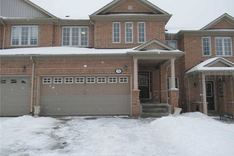 Townhouse for sale at 3 Chapman Ct Aurora Ontario - MLS: N4387199