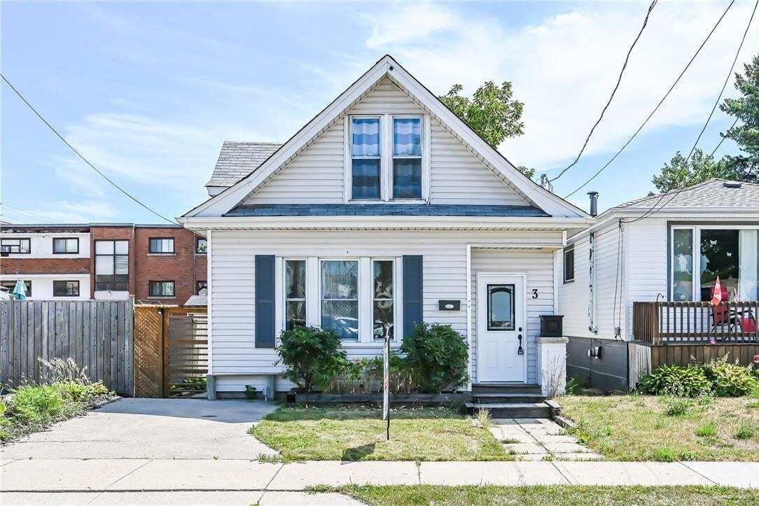 House for sale at 3 East 33rd St Hamilton Ontario - MLS: H4084367