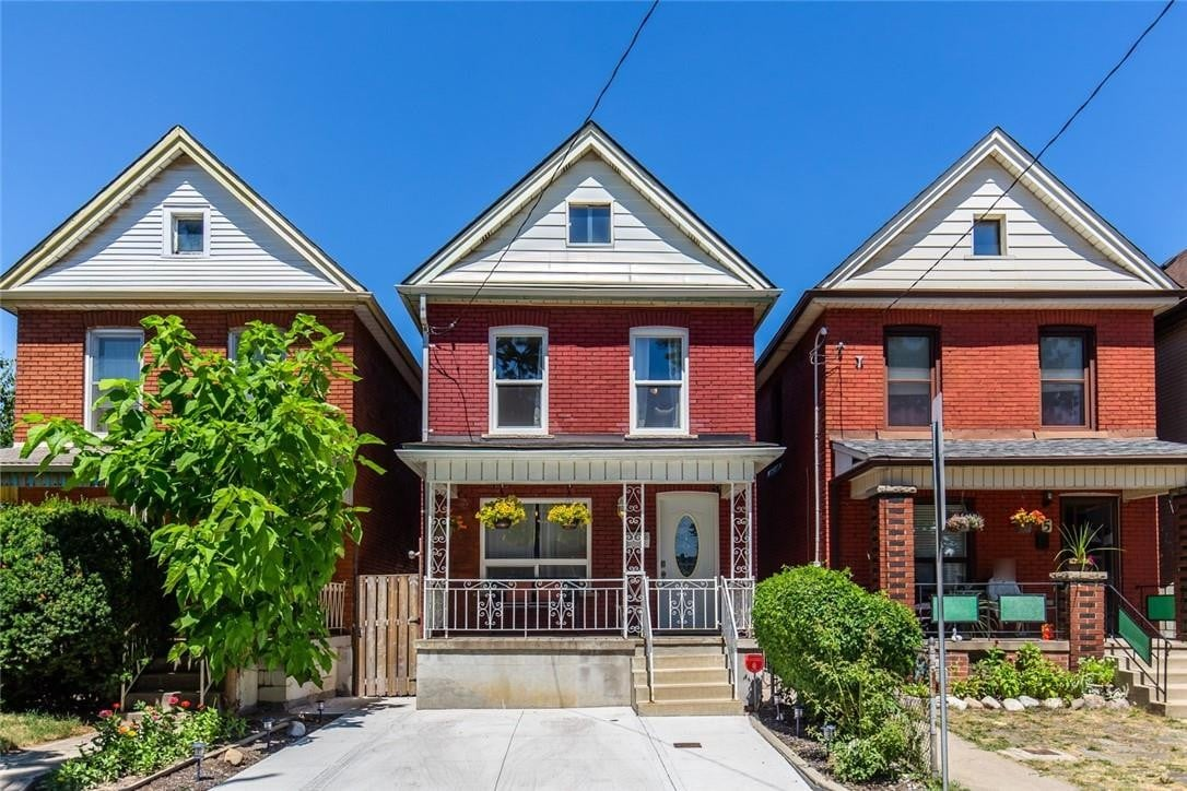 House for sale at 3 Edward St Hamilton Ontario - MLS: H4084431