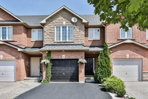 Townhouse for sale at 3 Fairhaven Dr Hamilton Ontario - MLS: X4546818