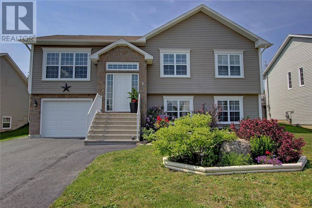 House for sale at 3 Foxhound Ct Fredericton New Brunswick - MLS: NB028344