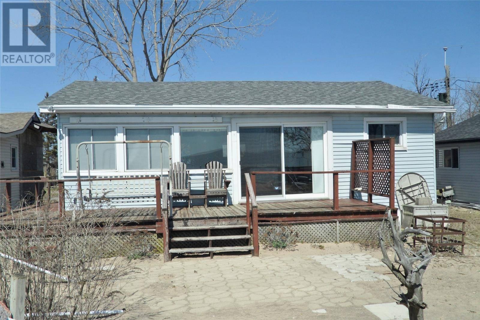 House for sale at 3 Goodchild Beach  Amherstburg Ontario - MLS: 20003829
