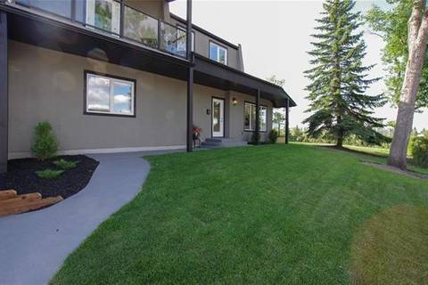 House for sale at 3 Hillgrove Dr Southwest Calgary Alberta - MLS: C4285104