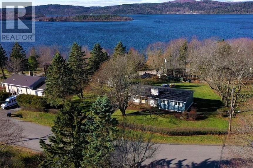 House for sale at 3 Hillhurst Dr Quispamsis New Brunswick - MLS: NB051592