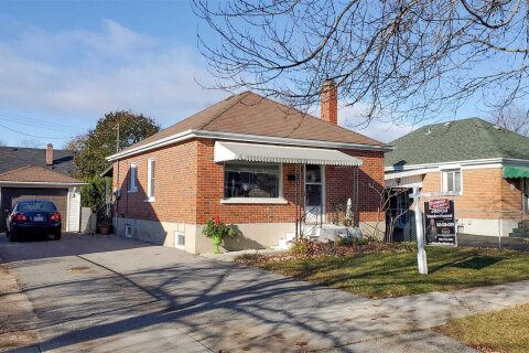 House for sale at 3 Lloyd Ave Peterborough Ontario - MLS: X4979392