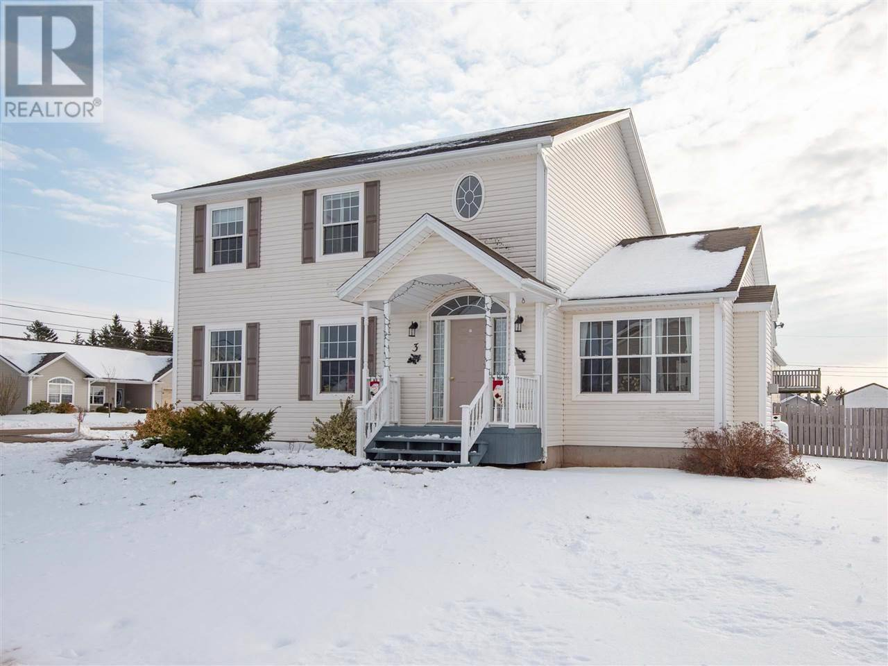 House for sale at 3 Macphee St Charlottetown Prince Edward Island - MLS: 201927550