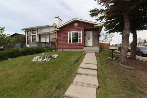 House for sale at 3 Martingrove Ct NE Calgary Alberta - MLS: C4299645