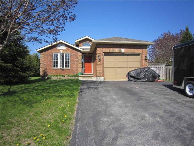 For Sale: 3 Murphy Street, Springwater, ON | 2 Bed, 3 Bath House for $549,900. See 20 photos!