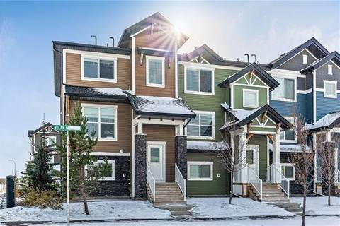 Townhouse for sale at 3 Nolan Hill Blvd Northwest Calgary Alberta - MLS: C4281822