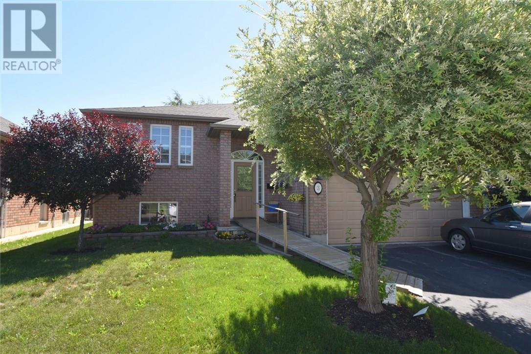 Removed: 3 Oneida Drive, Brantford, ON - Removed on 2018-12-13 04:15:16