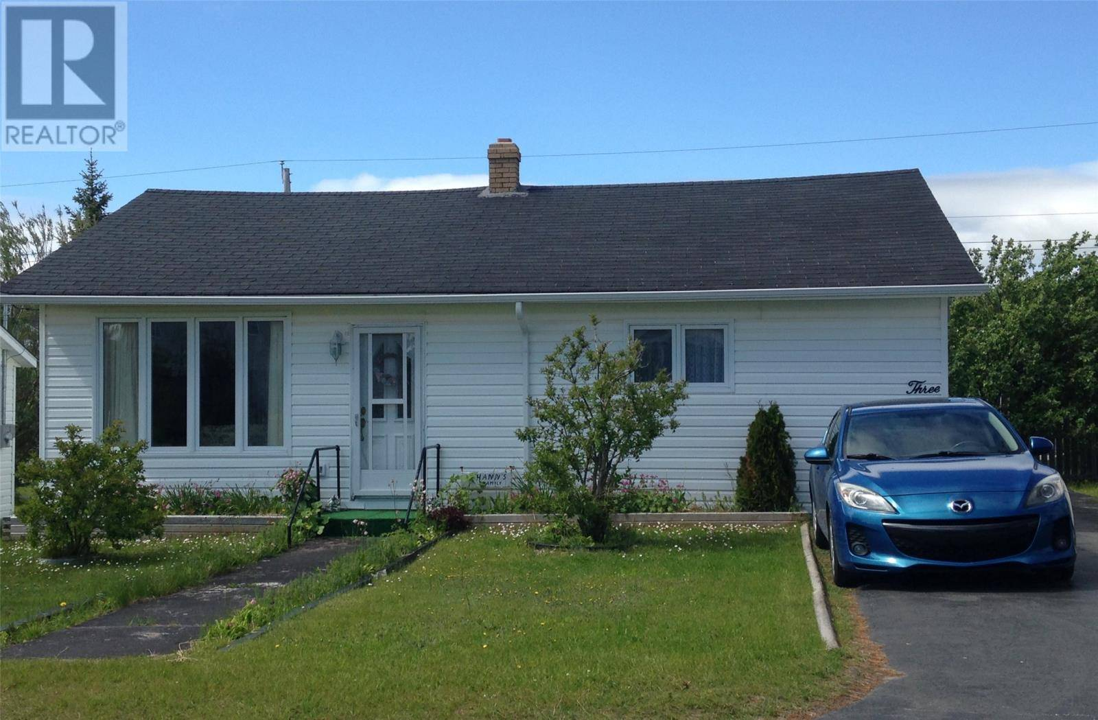 House for sale at 3 Preswick St Stephenville Newfoundland - MLS: 1198104