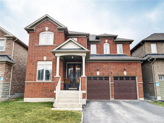 For Sale: 3 Rowley Street, Richmond Hill, ON | 4 Bed, 3 Bath House for $1,328,000. See 20 photos!