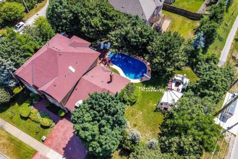 House for sale at 3 Roycrest St Brampton Ontario - MLS: W4905478