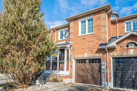 Townhouse for sale at 3 Silverdart Cres Richmond Hill Ontario - MLS: N4388313