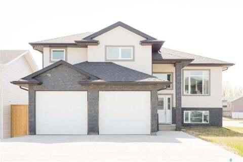 House for sale at 3 Smiley Dr Prince Albert Saskatchewan - MLS: SK813897