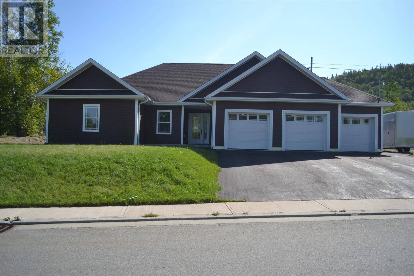 House for sale at 3 South Brook Dr Pasadena Newfoundland - MLS: 1191299