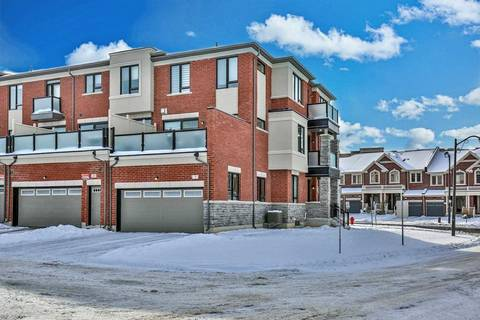 Townhouse for sale at 3 Sparks St Aurora Ontario - MLS: N4633867