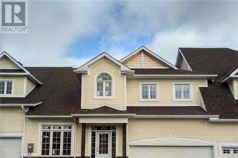 Townhouse for sale at 3 Spencer St Bracebridge Ontario - MLS: 252411