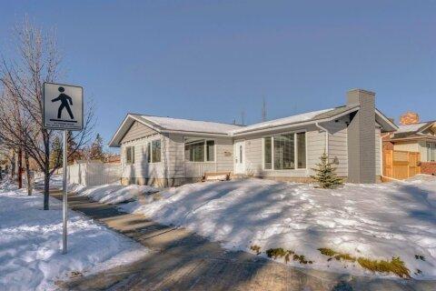 House for sale at 3 Sunhurst Rd SE Calgary Alberta - MLS: A1059251