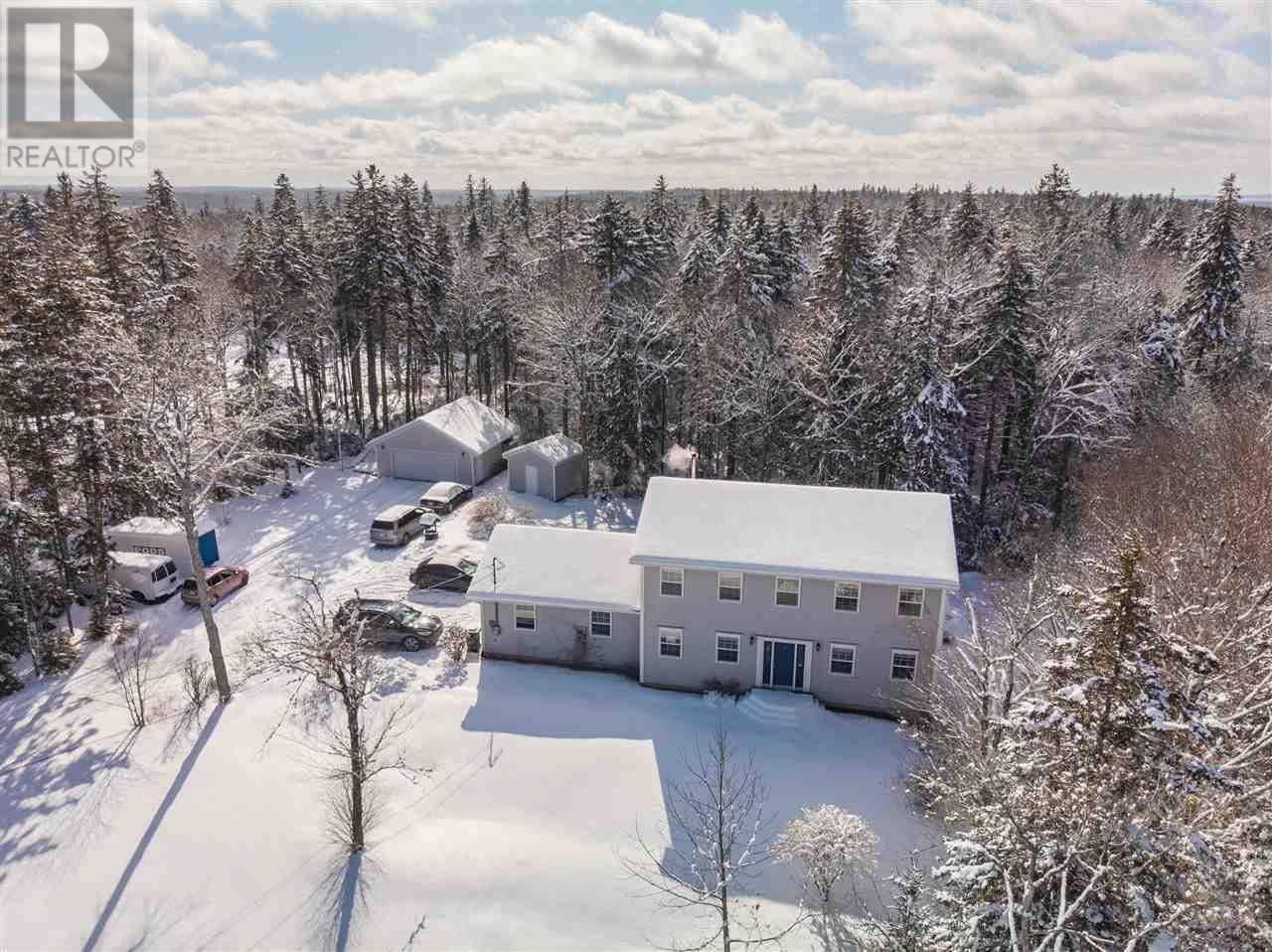 House for sale at 3 Sylvania Te Hammonds Plains Nova Scotia - MLS: 202002802