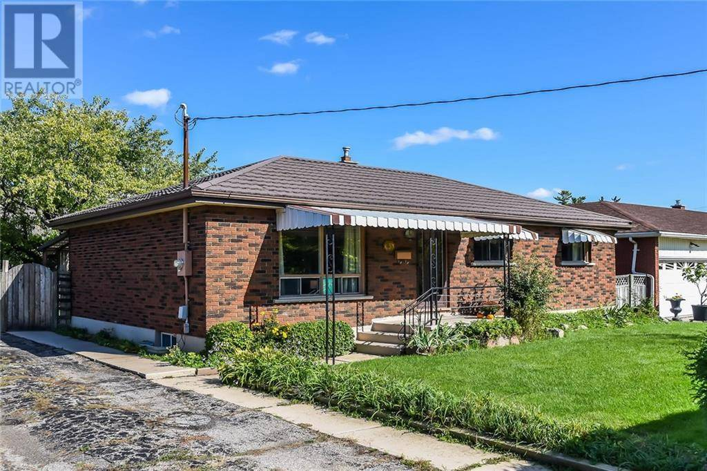 House for sale at 3 Waddington St Brantford Ontario - MLS: 30772882