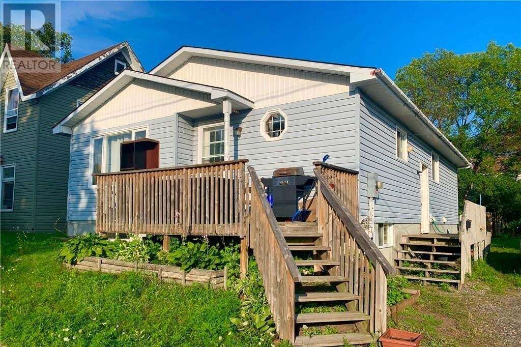 House for sale at 3 Wakefield St Parry Sound Ontario - MLS: 40009095