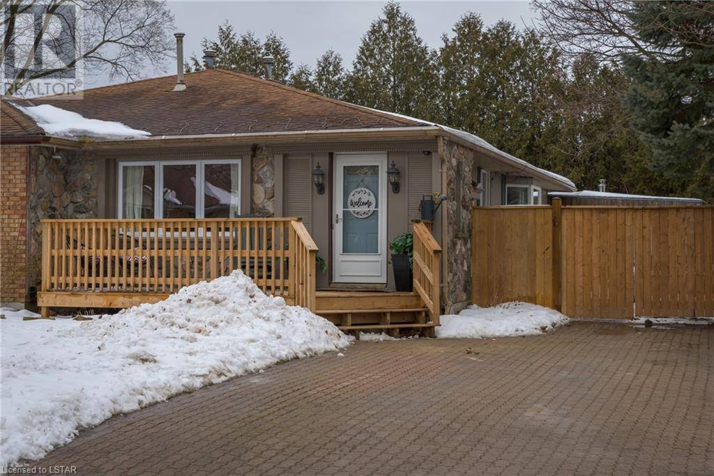 Residential property for sale at 3 Wenlock Cres London Ontario - MLS: 245224