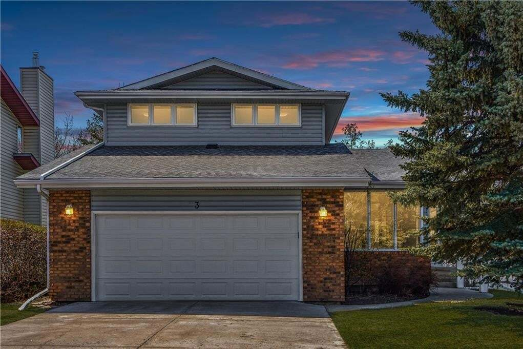 House for sale at 3 Woodglen Ci SW Woodbine, Calgary Alberta - MLS: C4297517