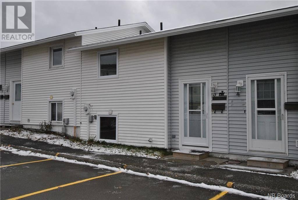 House for sale at 3 Woodside Pk Saint John New Brunswick - MLS: NB036657