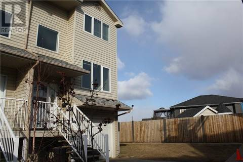 Townhouse for sale at 100 Albion Dr Unit 30 Fort Mcmurray Alberta - MLS: fm0161306