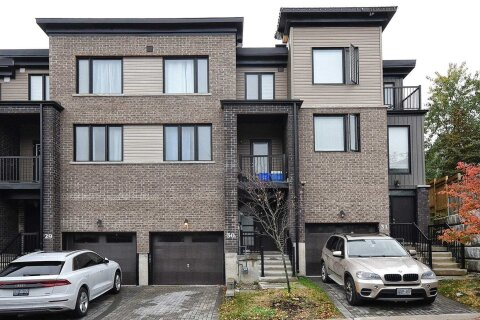 Townhouse for sale at 199 Ardagh Rd Unit 30 Barrie Ontario - MLS: S4967680