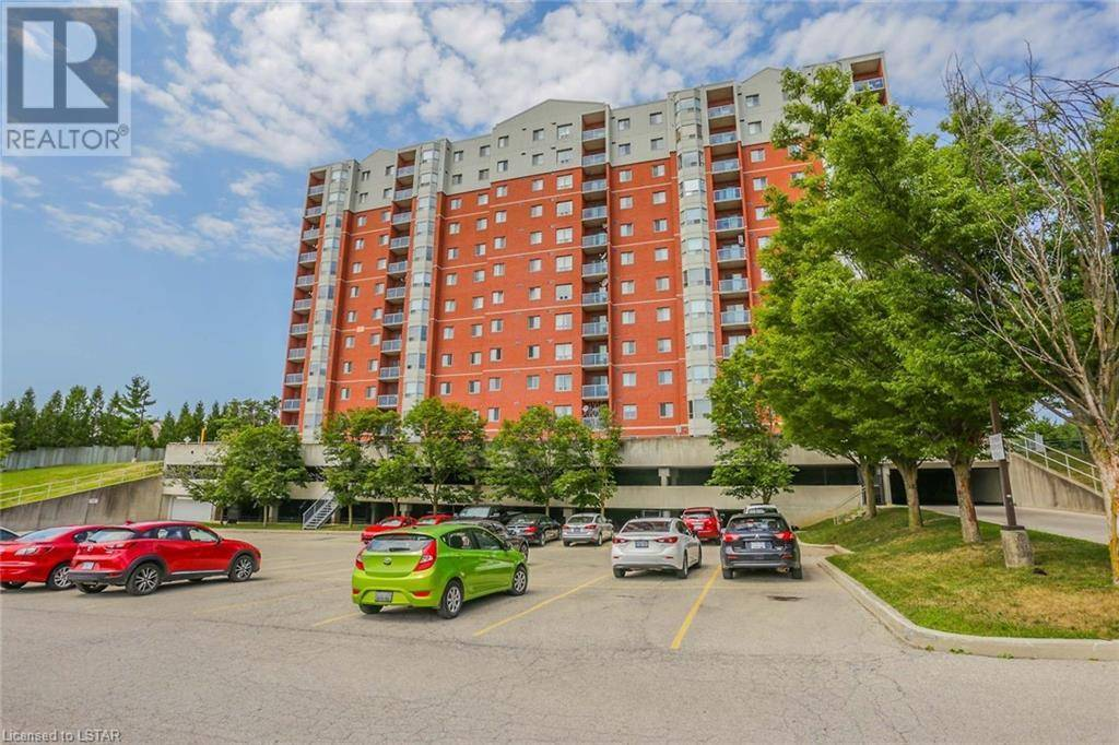 Condo for sale at 301 Chapman Ct Unit 30 London Ontario - MLS: 213121