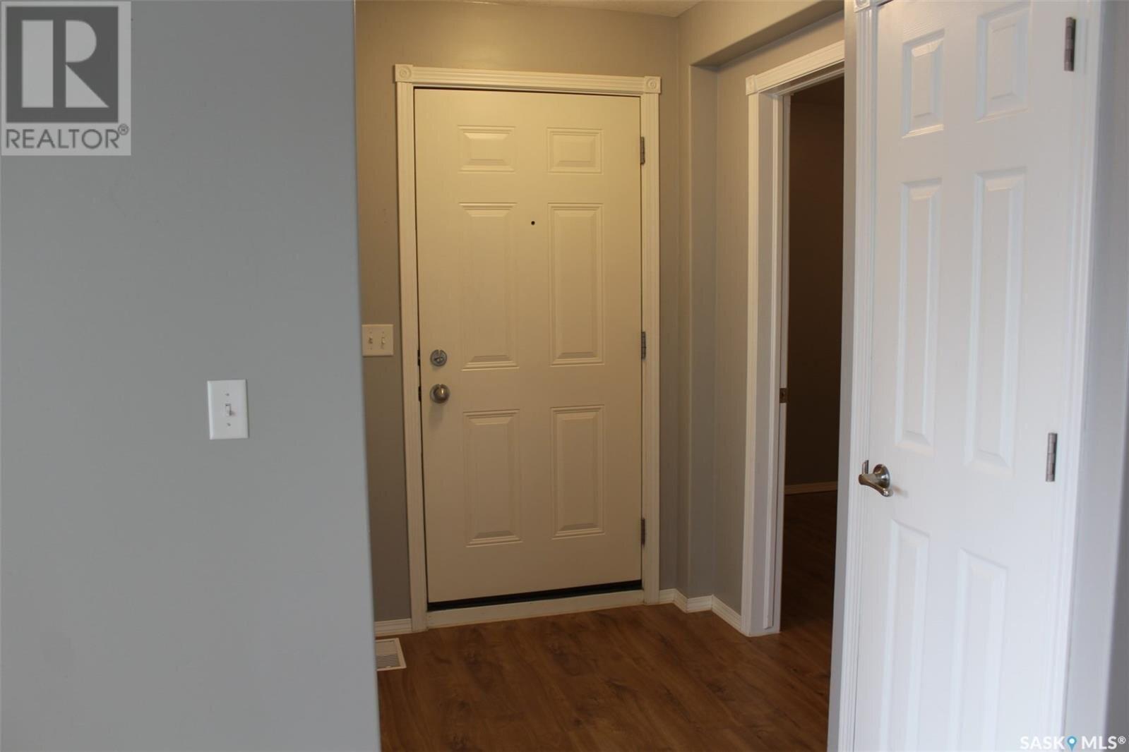 Condo for sale at 485 1st Ave NW Unit 30 Weyburn Saskatchewan - MLS: SK839193