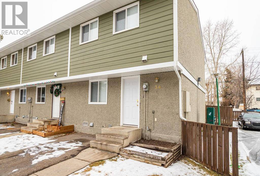 Townhouse for sale at 5935 63 St Unit 30 Red Deer Alberta - MLS: ca0183739