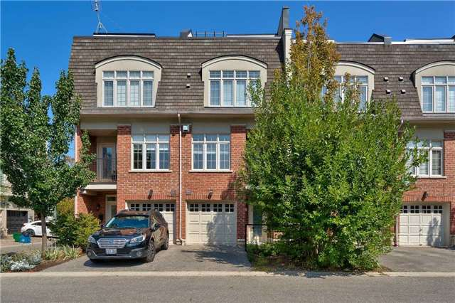 For Sale: 30 - 96 Nelson Street, Oakville, ON | 2 Bed, 3 Bath Townhouse for $989,000. See 14 photos!