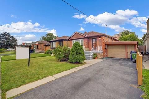 House for sale at 30 Bimbrok Rd Toronto Ontario - MLS: E4576934