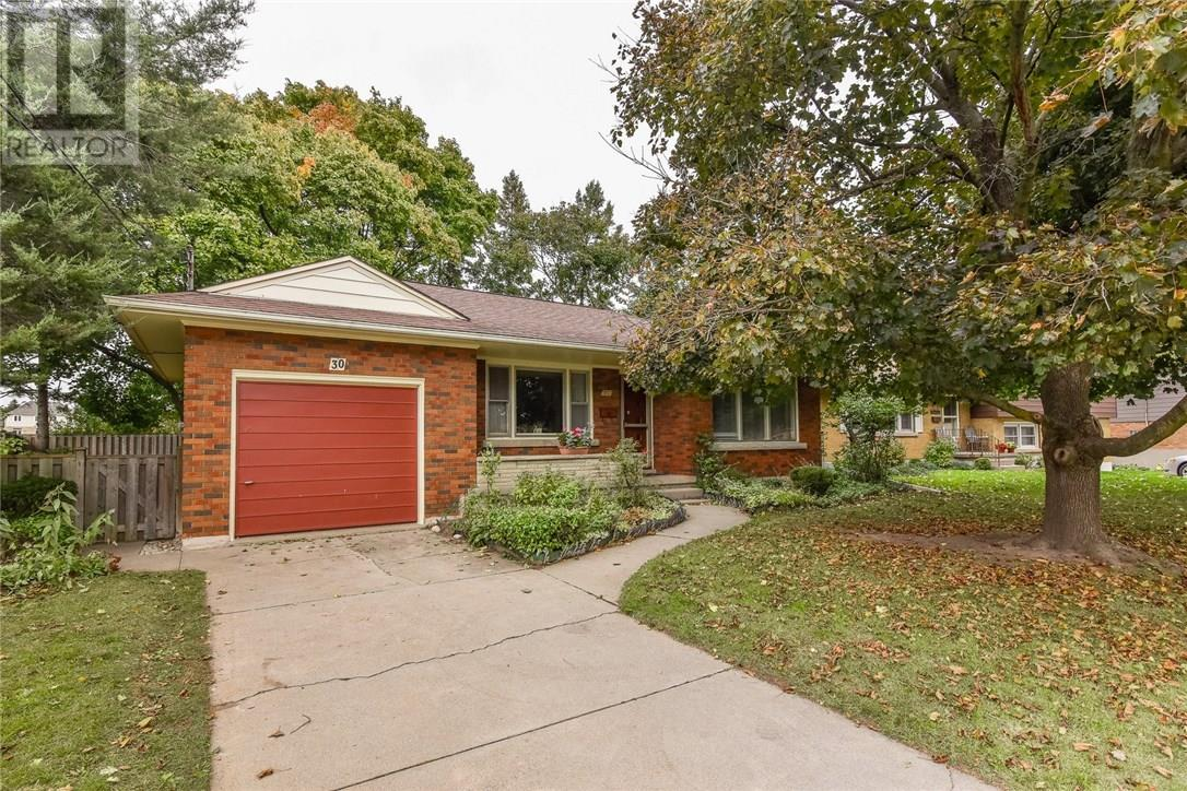 Removed: 30 Camden Place, Kitchener, ON - Removed on 2018-10-26 05:45:16