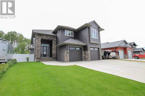House for sale at 30 Coachill St Blackfalds Alberta - MLS: ca0172246
