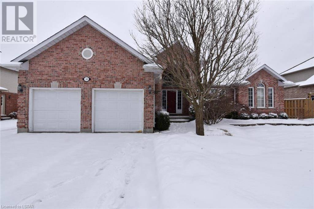 House for sale at 30 Cobblestone Rd London Ontario - MLS: 243943