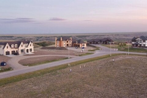 Residential property for sale at 30 Edgemoor Wy W Rural Lethbridge County Alberta - MLS: A1020383