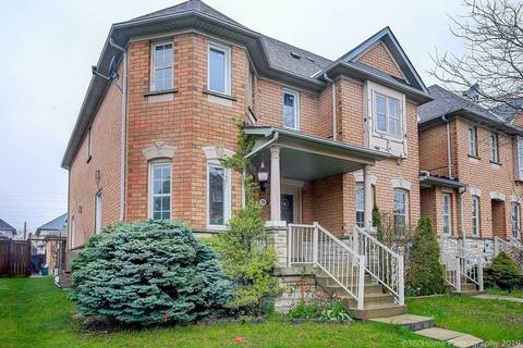 Townhouse for sale at 30 Ellesmere St Richmond Hill Ontario - MLS: N4449439