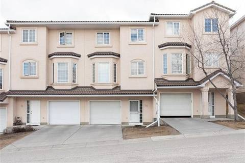 Townhouse for sale at 30 Hamptons Li Northwest Calgary Alberta - MLS: C4290407