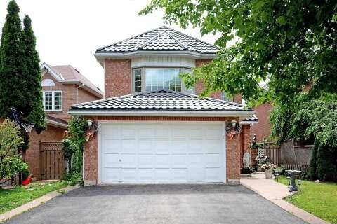 House for sale at 30 Hood Cres Brampton Ontario - MLS: W4915951