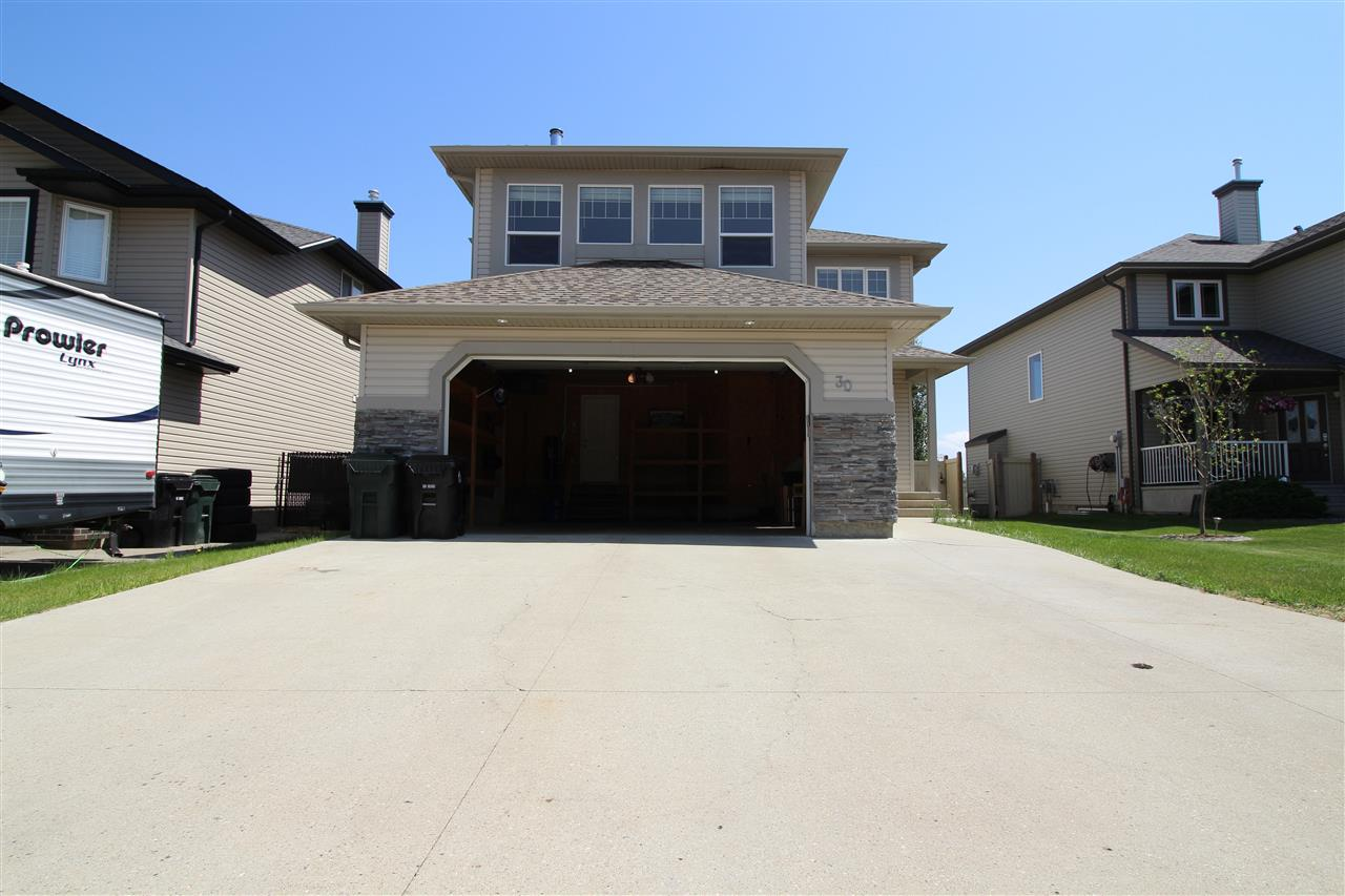 For Sale: 30 Landry Court, Spruce Grove, AB | 5 Bed, 3 Bath House for $520,000. See 29 photos!